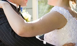 Hochzeitstanzkuse bieten Tanzschulen